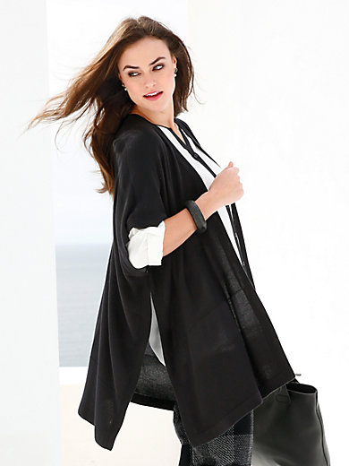 Emilia Lay - Strikket cape